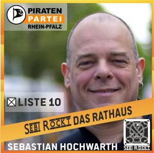 sebi-rockt-rathaus-quadratisch-rgb